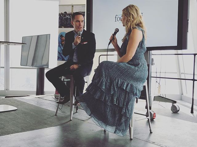 """One of my favorite guests at the UN women forum was actor Sarah Michelle Gellar. The culinary lifestyle brand @foodstirs that she co-founded offers convenient, delicious and healthier ways to bring families together in the kitchen. She said: """"Failure is your first attempt at learning."""" #keepgoing #dontgiveup #believeinyourself #femaleentrepreneur #unwomen #womenempowerment #healthyfood #cooking #family #kitchen #sarahmichellegellar #foodstirs #culinary #lifestyle #brands #cofounder #entrepreneur"""