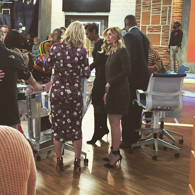 I️ was in the live audience of Good Morning America with Ellen Pompeo aka Dr. Meredith Gray. Gray's Anatomy (one of my favorite shows) had their 300th episode yesterday.