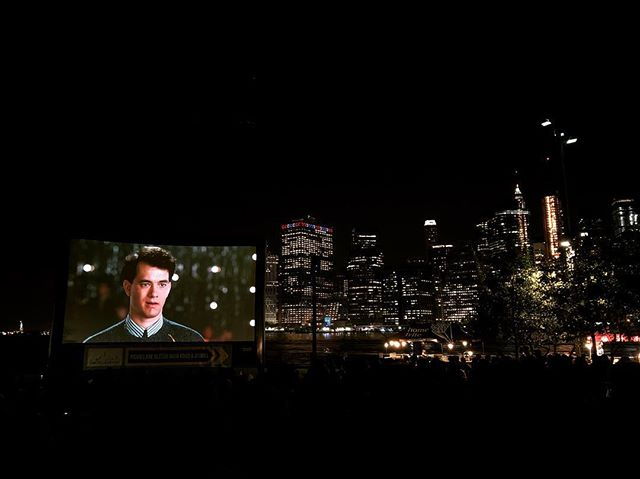 """I've been really impressed by all the great free events NYC has to offer. Watching Tom Hanks in the super hilarious """"Big"""" movie with the view of Manhattan on the background. 🏻#funtimes #summerinthecity #movie #view #movieswithaview #brooklynbridgepark #brooklyn #manhattan #nyc #tomhanks #free #newyorkcity"""